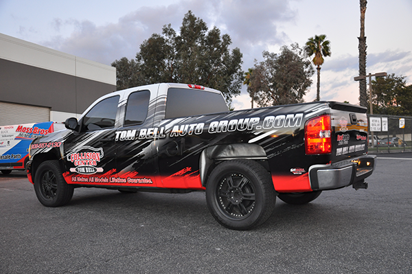 -chevy-truck-wrap-using-3m-for-tom-bell-collision-center-11.png