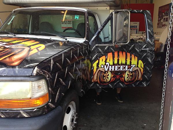 -uhaul-box-truck-wrap-for-training-wheels-training-center-8.png