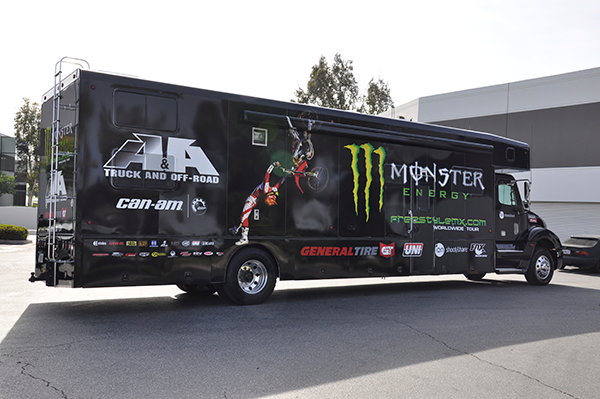3m-gloss-motorhome-wrap-for-freestyle-mx-and-monster-energy-14.png
