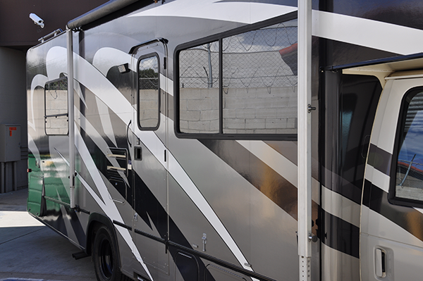 thor-class-c-motorhome-wrap-for-a-family-3.png