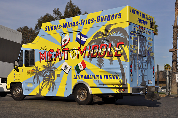 -gf-food-truck-vehicle-wrap-for-meat-in-the-middle-7.png