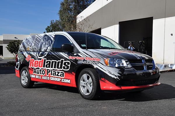 2014-dodge-caravan-3m-gloss-wrap-for-redland-auto-center.png