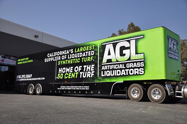 53-trailer-3m-gloss-wrap-for-artificial-grass-liquidators-8.png